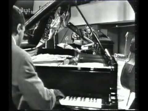 John Lewis - Django (Live, Berlin Piano Workshop,1965)