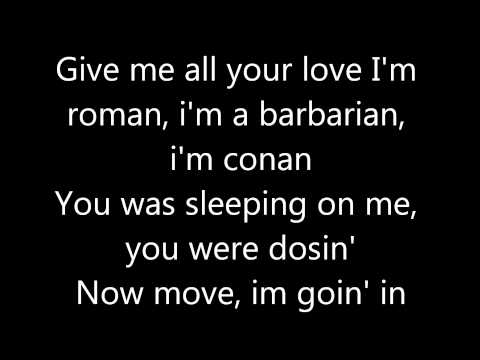 Madonna - Give Me All Your Luvin with lyrics (HD)