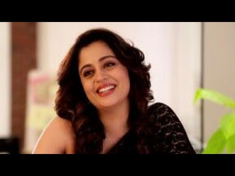 Funny Neha Pendse you can't stop laugh. thumbnail