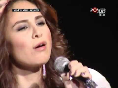 Betül Demir- Bi Ara (canlı performans)