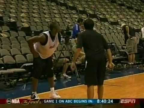 Dwayne Wade Fast Moves On Erik Spoelstra, Practice