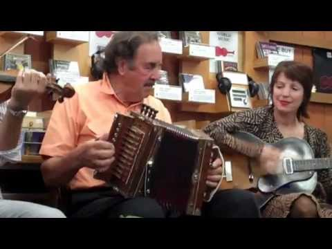 Cajun Music: Savoy Family Band - Port Arthur Blues