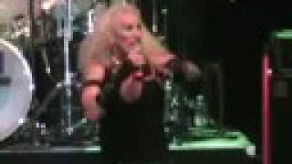 "TWISTED SISTER + EXTREME! ""I wanna rock"" live in Italy 2008"