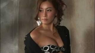 趙秀恵さん似.
