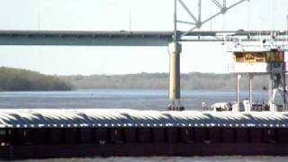 """Towboat """"REGGIE G"""" Pushes 16 Barges Southbound on the Mississippi River at Memphis, Tennessee"""