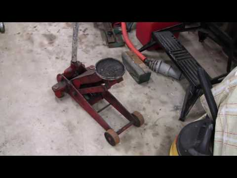 HYDRAULIC FLOOR JACK REPAIR (part 1)