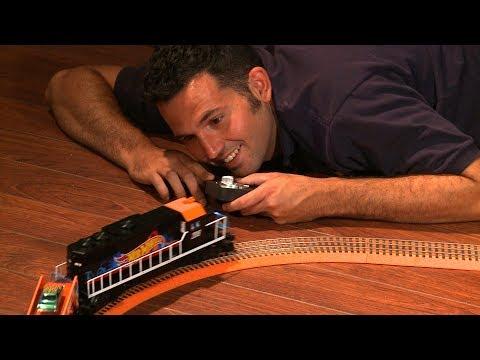 Model Railroad Train Track Plans -Unboxing the Lionel® Hot Wheels™ Train Set