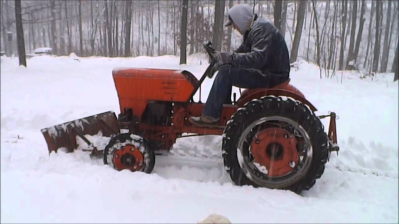 Power King Tractor Does White Christmas Snow Plow Youtube