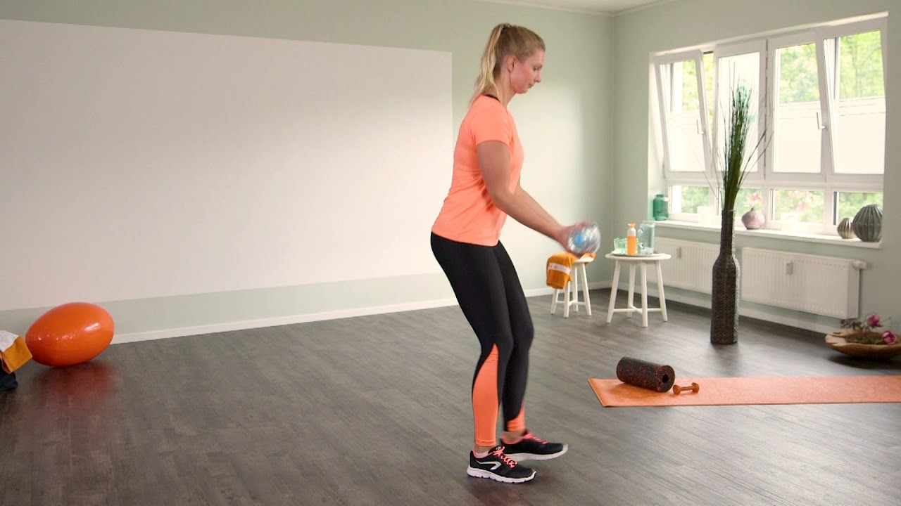 bizepstraining f r straffe oberarme fitness bungen f r. Black Bedroom Furniture Sets. Home Design Ideas