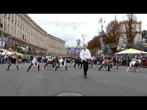Michael Jackson - 55th Birthday Dance Tribute, flashmob (Kyiv,Ukraine) - 2bad