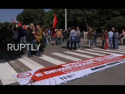 LIVE: Protesters march in Bari against G7 Finance Ministers meeting