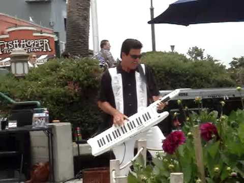 Best Keytar Player Ever!