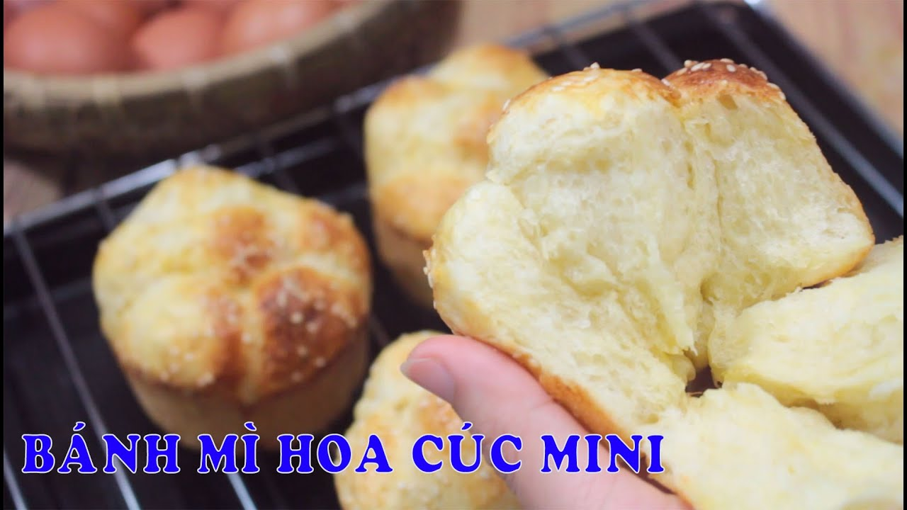 BÁNH MÌ HOA CÚC mini bằng NỒI CHIÊN KHÔNG DẦU dễ ơi là dễ luôn   Zui Vào Bếp