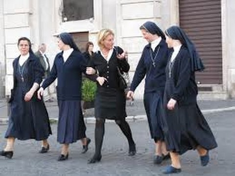 Танцы с монашками, тёщей и Лениным! (Румба-терапия)