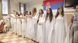 Сербские девушки поют о России (Русиjа моjа љубимаjа)