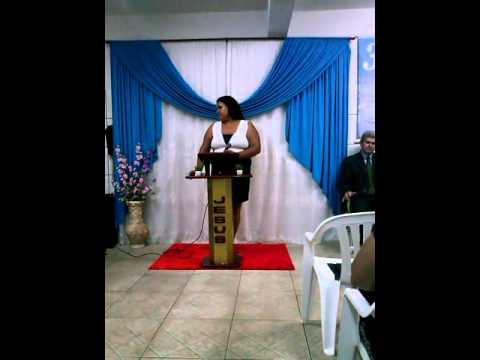 Cantora Jessica Fernanda