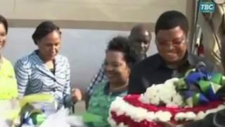 Gambar cover Waziri Mkuu Kassim Majaliwa alivyohamia na familia yake Dodoma