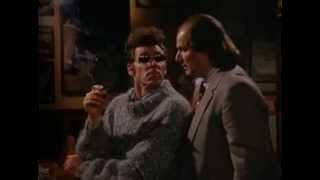 Seinfeld-Kramer as Detective-Kramer interrogates sniffing accountant
