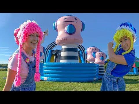 The Big Bounce America Inflatable Fun Playground, Parque de Juegos en Familia