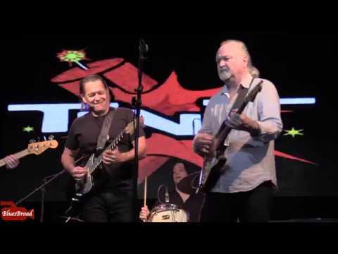 Video: TINSLEY ELLIS & TOMMY CASTRO • Killing Floor • Highline Ballroom NYC 11/14/18