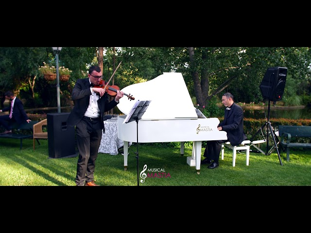🎹 Lady Gaga & Bradley Cooper - Shallow | Musical Mastia | Musica para Bodas