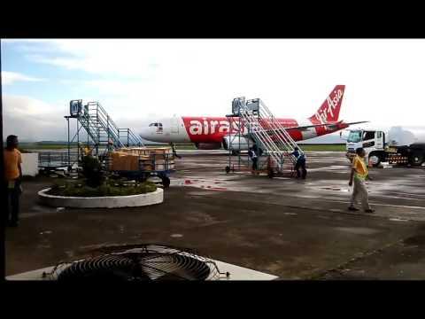 Plane spotting tacloban airport part 2 of 1