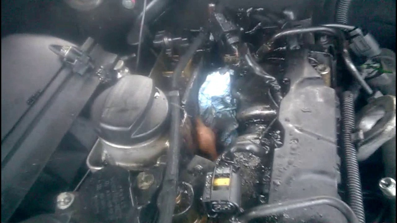Sweary Mercedes Benz CDI engine injector bolt rant - YouTube