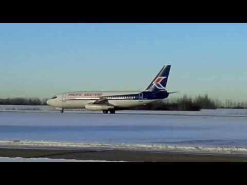 Landing of Pacific Western Airlines (PWA) B737 200 C-GIPW at CZVL