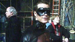 Val Kilmer (Batman / Bruce Wayne)