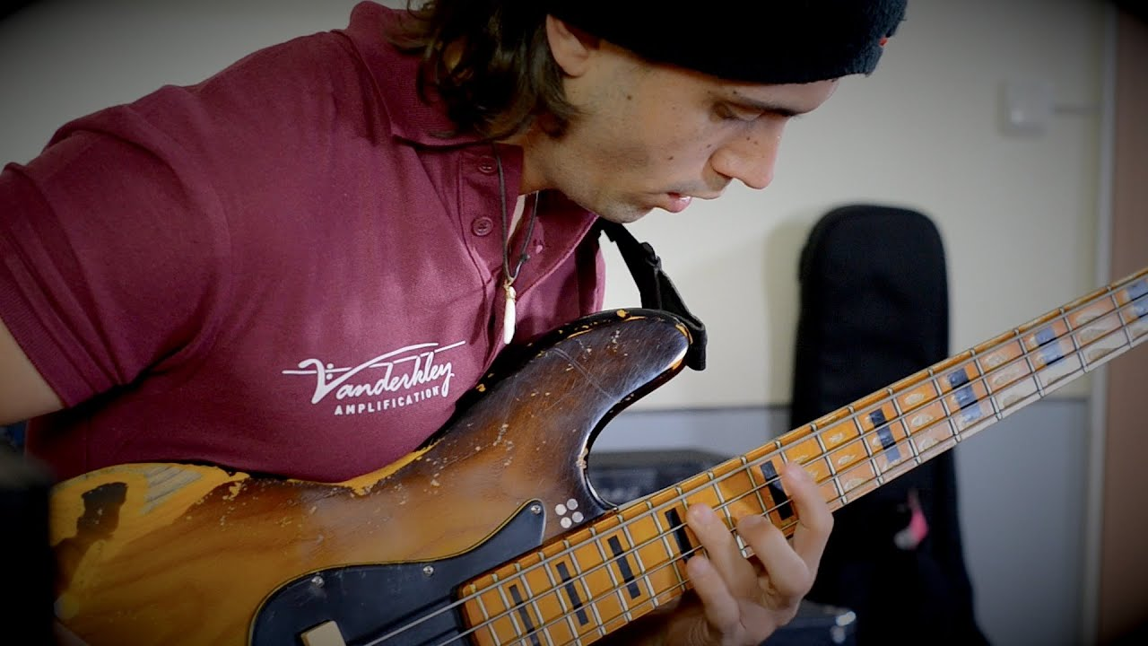 awesome funky pick bass groove cody wright with loop
