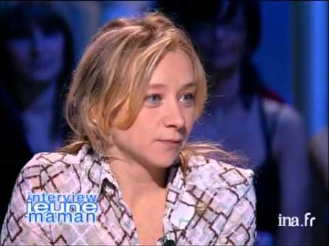 Jeune maman Sylvie Testud  Archive INA