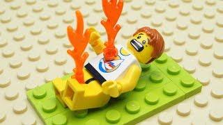 lego-sunbathing