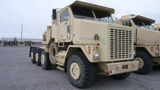 2005 Oshkosh Heavy Equipment Transporter Tractor on GovLiquidation.com