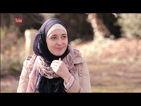 A french girl converted to Islam BEAUTIFUL STORY !!