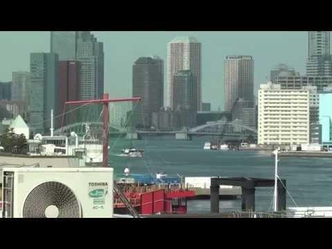 竹芝駅と東京湾の風景ですby picua
