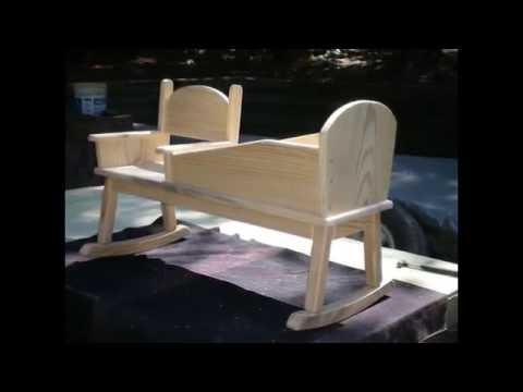 Cмотреть Детская деревянная кроватка качалка-кресло.