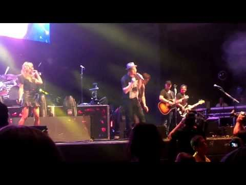 Train, Ashley Monroe, Gavin DeGraw, Danny ODonoghue The Script  The Weight  Wheatland  81013