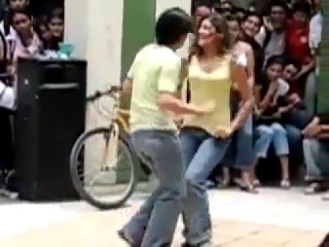 BZU girl dance with boy