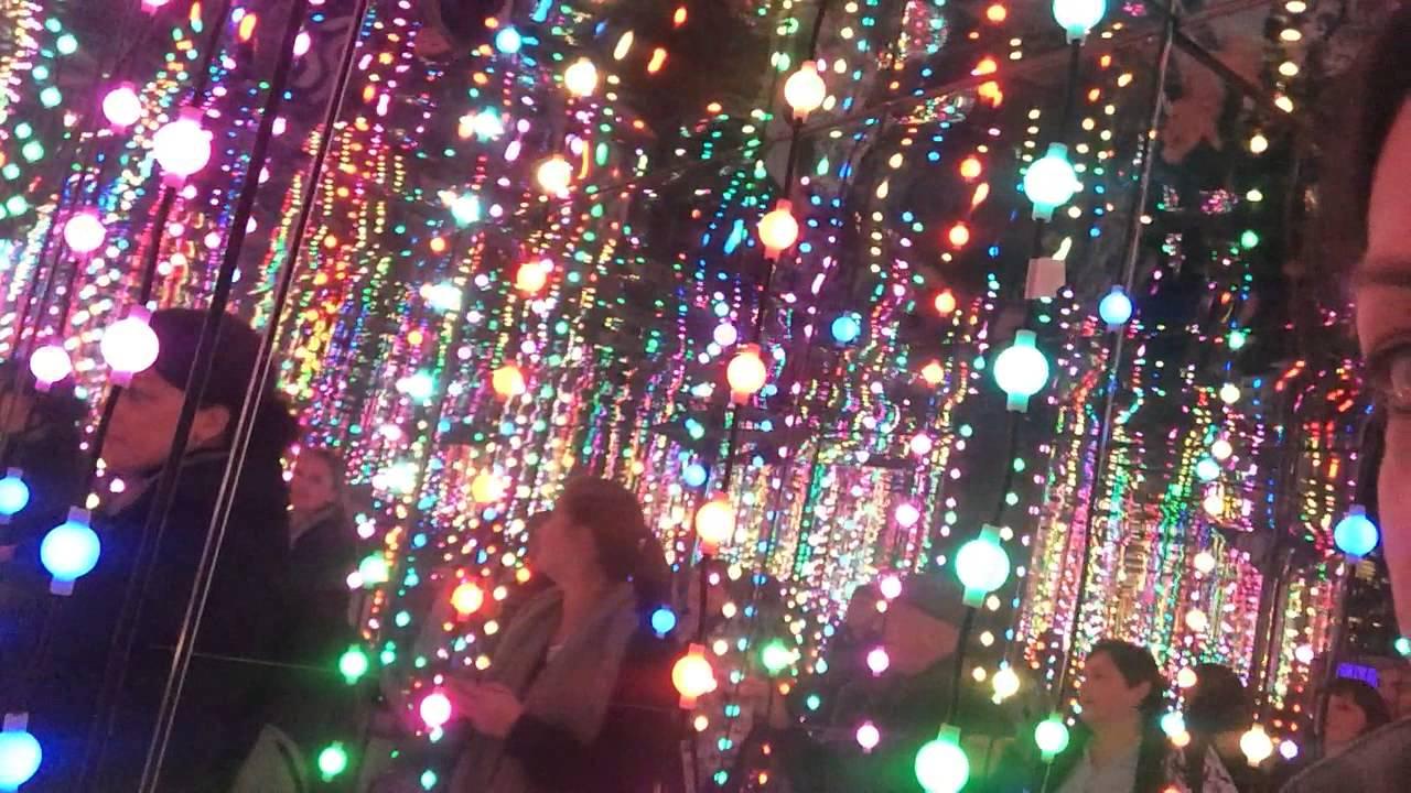 Joe Bond Live- Vivid, kaleidoscope lights. - YouTube