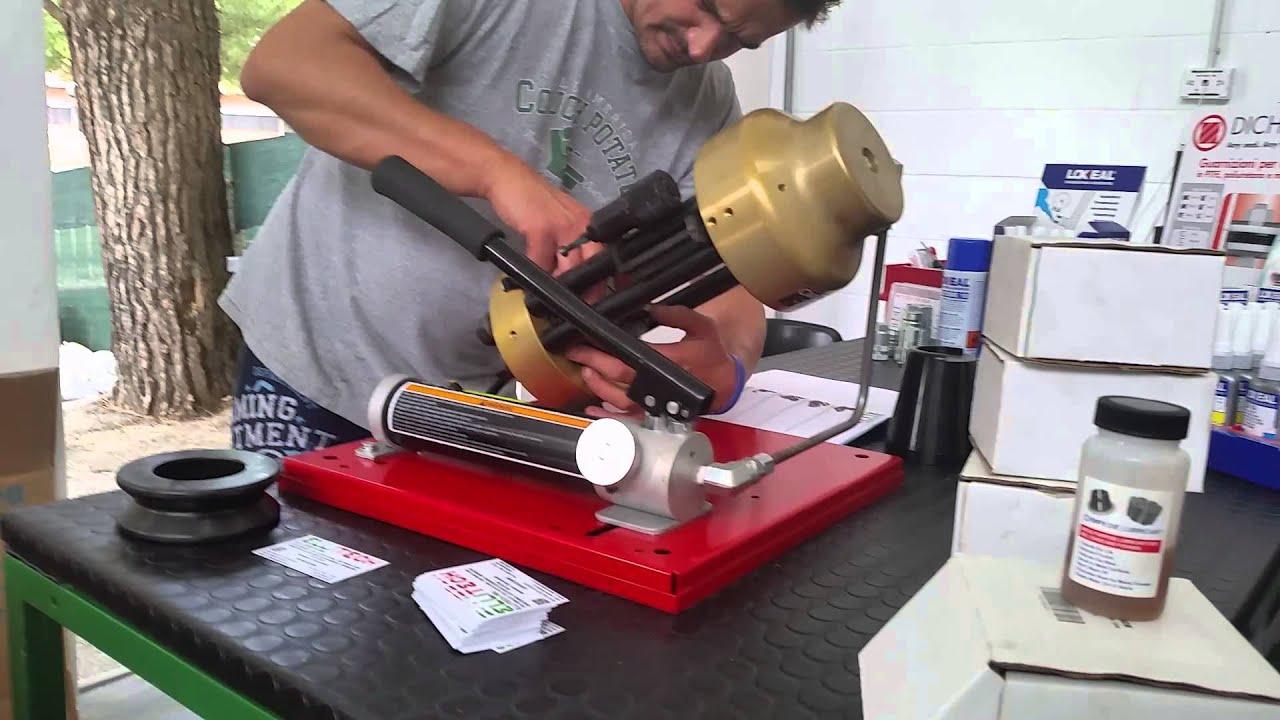 Crimpatrice per tubi idraulici termosifoni in ghisa for Pressatrice usata