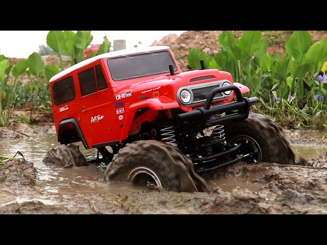 RC Cars Mud Off Roading - Land Cruiser 4x4