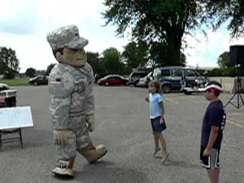 Wisconsin National Guard Rocks! FUNNY!