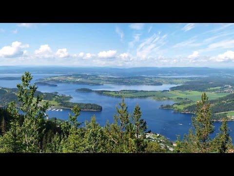 Train Travel: Tyrifjorden lake, Norway