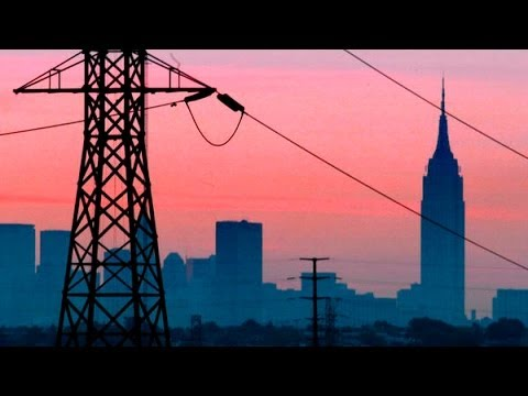 Current power outage reported on the entire west side of Cleveland