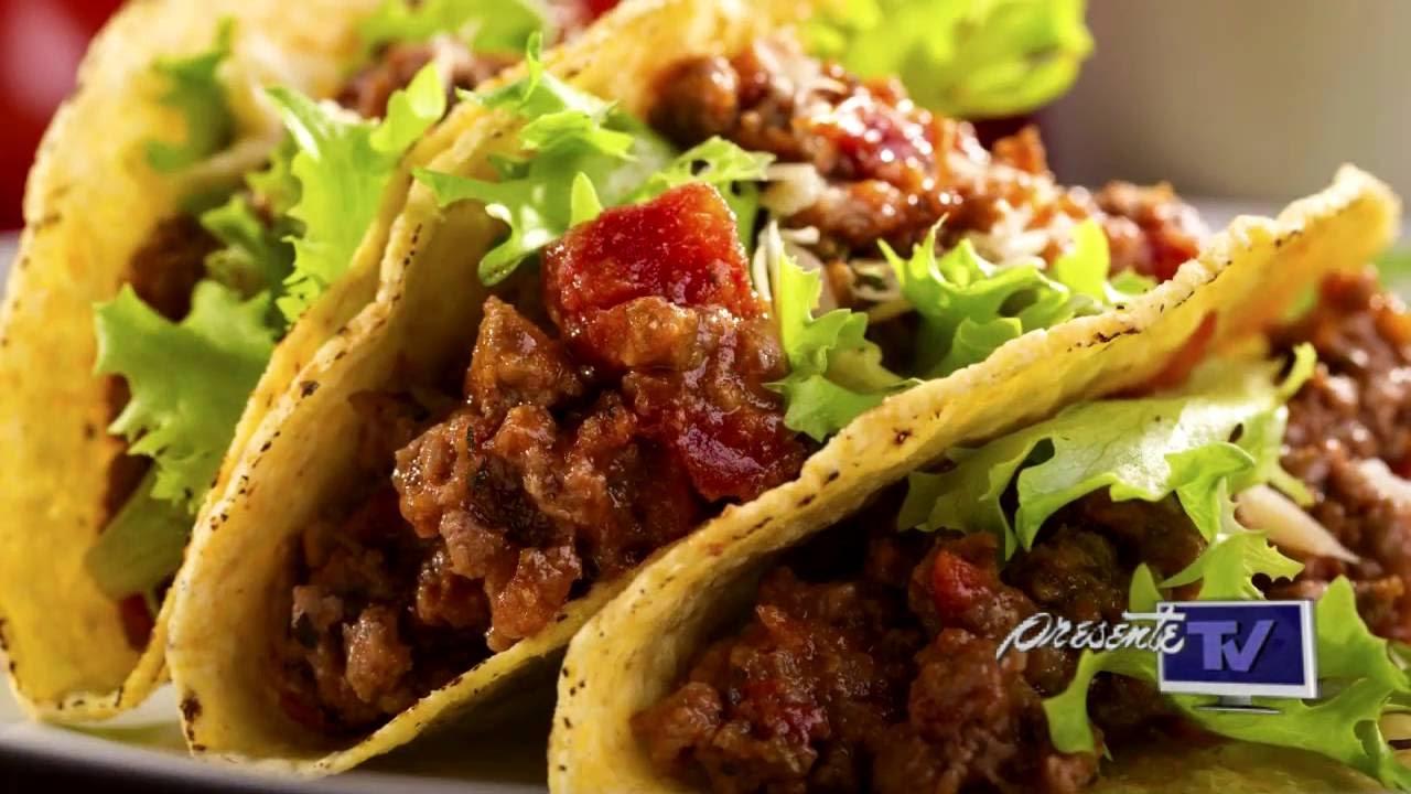 Tradiciones en Mxico  Comida tpica mexicana  YouTube