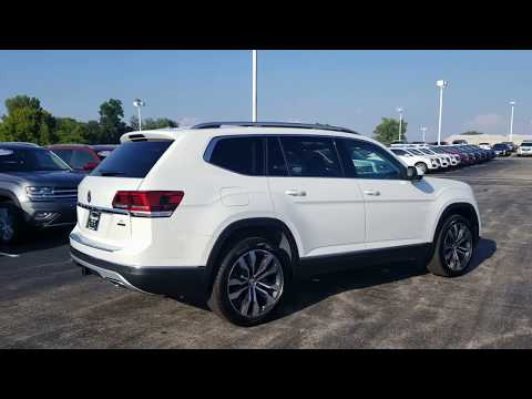 """2019 VW Atlas 3.6 SEL Premium w/ 21"""" wheels and captain's chairs"""