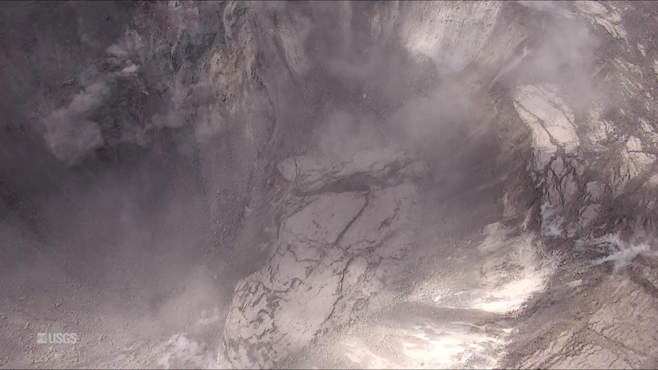 Kīlauea Volcano — Ever-Growing Halema`uma`u Crater