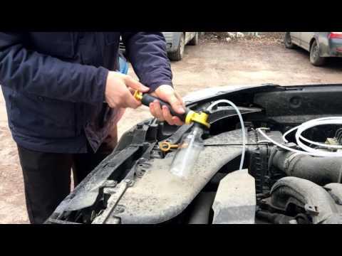 Отбор пробы масла из двигателя Subaru Forester SJ FB20