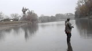 Видео от друзей из солнечного Дагестана, о ловле жереха и судака на трехгранку РБ (часть 1 )