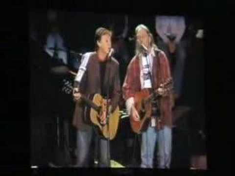 Paul McCartney&Neil Young - Only Love Can Break Heart - YouTube